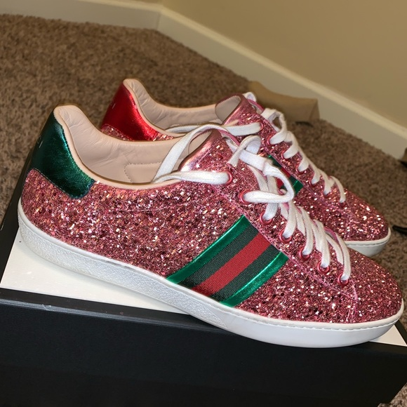 87d5db7fcd Women's Gucci Sneakers for Sale!